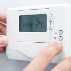 Tenere il riscaldamento sempre acceso conviene?