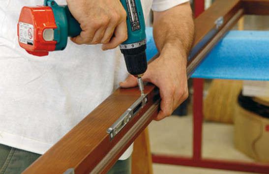 Riparazione professionale persiane in legno